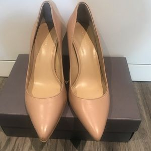 Anne Taylor Nude Mila pointed toe heel camel 9